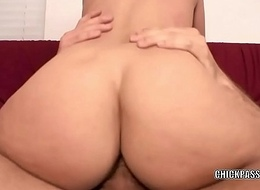 Mart coed Stephanie Richards copulates and gets a obese facial cumshot