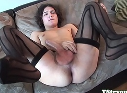 Auditioning trans dreamboat wanks hard cock only