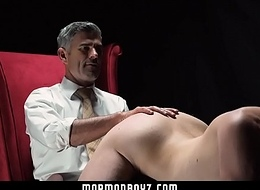 Medial officiant spanks naughty Mormon old crumpet