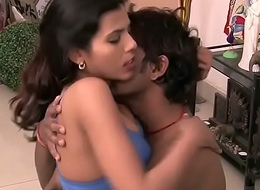 Sexy desi couple make-out sex hawt boobs show -desixporn.com